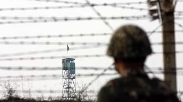 Tensions along the LoC had flared up after five Indians were killed by Pakistan in August. Photo: Nitin Kanotra/HT