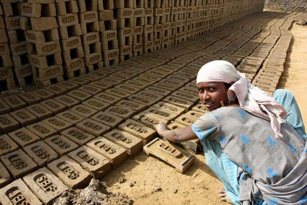 The vast majority of jobs created in recent years have been in the informal sector, in the absence of a legal framework for labour protection and social security. Photo: HT