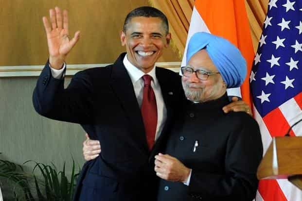 Prime Minister Manmohan Singh with US President Barack Obama after a joint press conference at Hyderabad House in New Delhi on 8 November. AFP