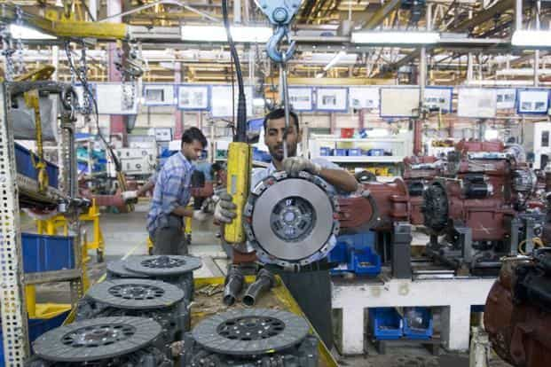 The poll predicted Indian economy grew 4.9% over a year ago in the three months to December, similar to the 4.8% rate in the previous quarter. Photo: Mint