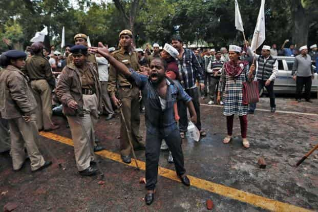 14 AAP members were arrested after Delhi Police registered an FIR in connection with the clashes that left 28 people injured. The FIR also included AAP leaders Ashutosh and Shazia Ilmi. Reuters