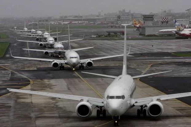 The debt-laden airline industry has been piling up losses as it reels under high costs, especially of fuel that makes up half its operating expenses. Photo: Hindustan Times