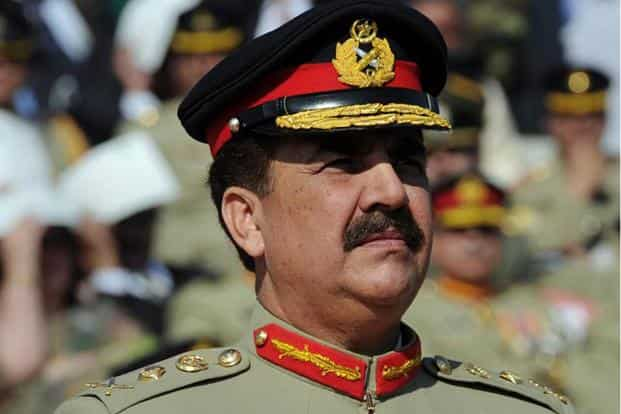 Pakistan army chief Raheel Sharif called for meaningful talks to resolve a week-long political deadlock. Photo: AFP