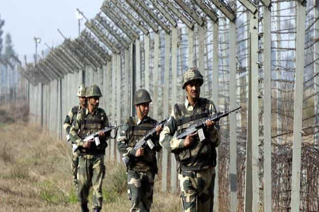There have been 95 ceasefire violations by Pakistan along the Line of Control and it has also breached the ceasefire pact 25 times on the International Border. Photo: HT