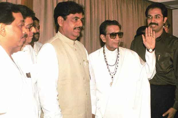 A file photo of Shiv Sena chief (late) Bal Thackeray (2nd from right) along with BJP leader (late) Gopinath Munde (centre), Sena leader Narayan Rane (left), Raj Thackeray (2nd from left) and Uddhav Thackeray (right) at the BJP-Sena meeting. Photo: HT