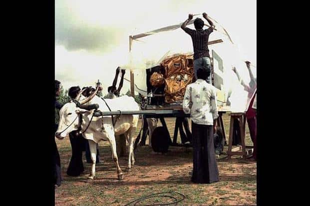 Apple satellite being transported in a bullock cart in 1981. Photo courtesy www.isro.org