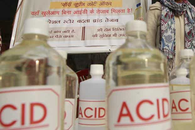 Anyone buying acid will need to furnish government-approved identity proof and state the reason for the purchase, which has to be recorded by the seller, the Supreme Court said. Photo: Sanjeev Verma/ HT