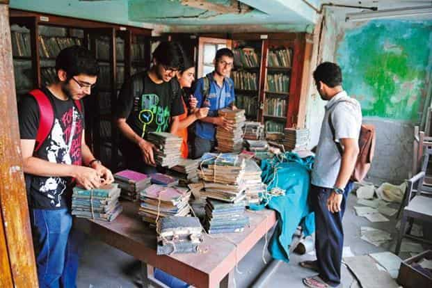 Jadavpur University students at the National Instruments Ltd library. Photographs by Indranil Bhoumik/Mint