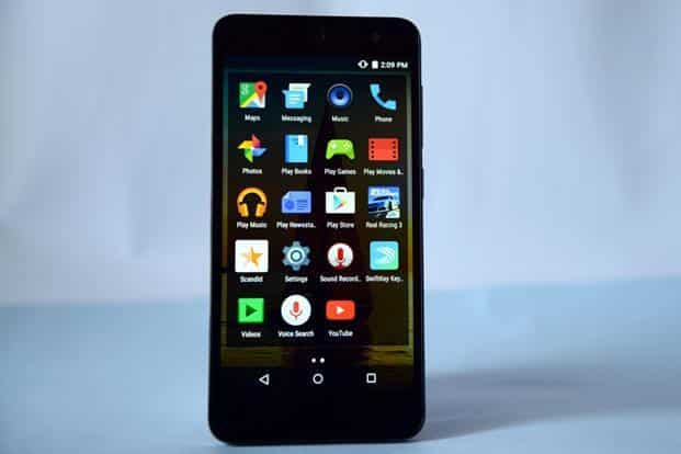 Nitro 4G is a step above entry-level phones. Photographs: Ramesh Pathania/Mint