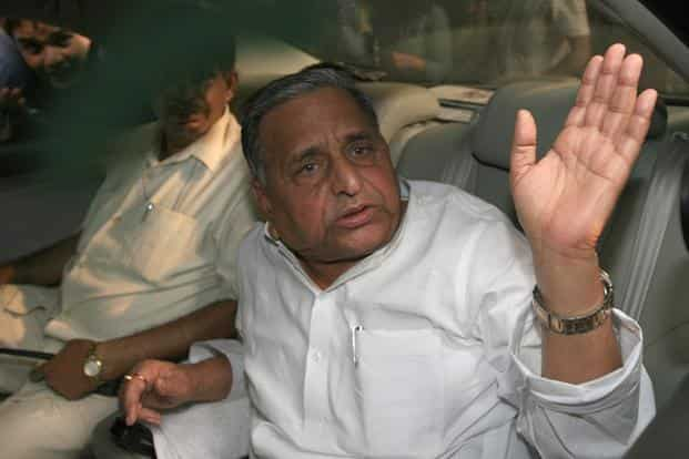 After Lalu Prasad's success, Mulayam also seeks to play the