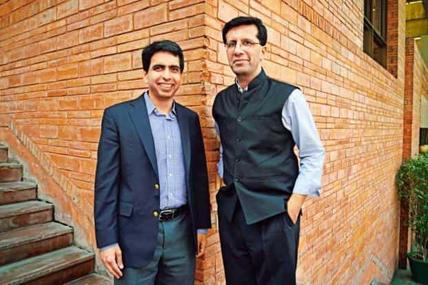 Salman Khan (left) and Ashish Dhawan, promoter of Central Square Foundation (CSF) that Khan Academy in India. Photo: Pradeep Gaur/Mint
