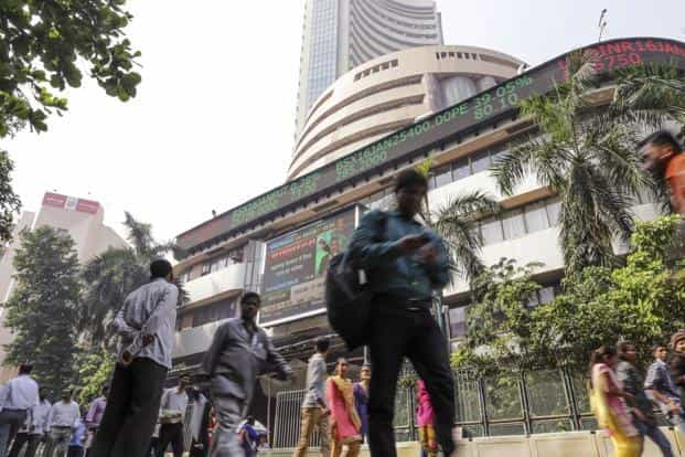 Stock markets extended losses, falling to fresh lows on caution ahead of key macroeconomic data and December quarter results of TCS. Photo: Bloomberg