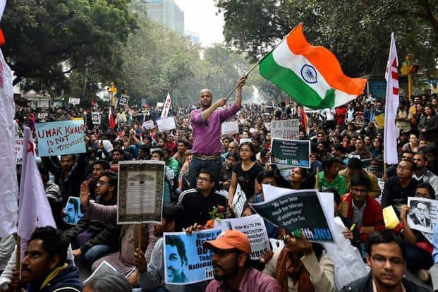Activists and students from various organisations during their march from Mandi House to Jantar Mantar in solidarity with the JNUSU president Kanhaiya Kumar in New Delhi on Thursday. Photo: PTI