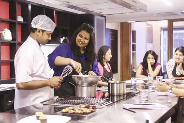 Pooja Dhingra (in blue) at Studio Fifteen, Mumbai. Photo: Nayan Shah/Mint