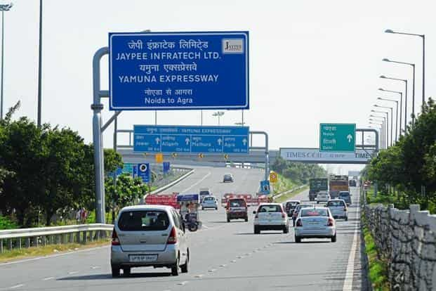 Jaypee Infratech's standalone debt associated with the Yamuna  Expressway stood at Rs8,768.54 crore, as on 30 September. Photo: HT