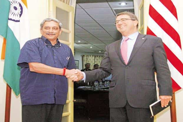 A file photo of defence minister Manohar Parrikar with US secretary of defence Ashton Carter during their meeting in New Delhi in April. Photo: PTI
