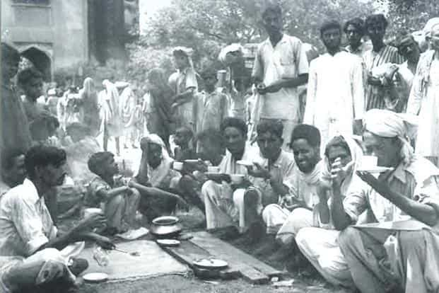 An old photograph of a refugee camp at Humayun's tomb. Photo courtesy: The Partition Museum Project