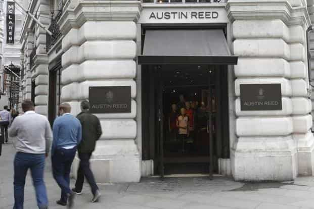 British Tailor Austin Reed Collapses With Loss Of 1 000 Jobs
