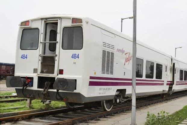 During the first phase of trials, the nine coach train with two executive class cars, four chair cars, a cafeteria, a power car and a tail-end coach for staff and equipment covered a 90 km distance in 70 minutes. Photo: PTI