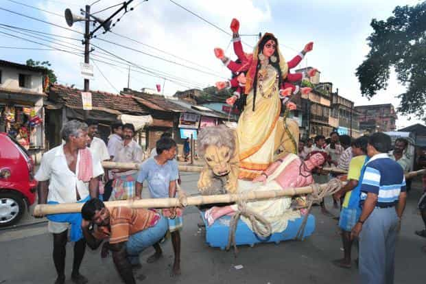 According to the recently published Census 2011 data, compared to other states, West Bengal ranks sixth in the country among atheist population, with Maharashtra leading the pack. Photo: Indranil Bhoumik/Mint