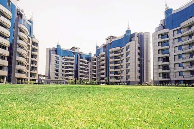 India has more than 200,000 brokers according to MagicBricks.com, but given the highly fragmented nature of the market and lack of information, it is hard for consumers to choose a broker.  Photo: Mint