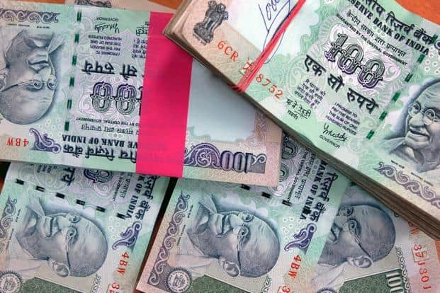 Income funds AUM—accounting for 45.05% of the total—increased by `28,457 crore to `7.04 trillion during August—the fifth consecutive month of net inflows. Photo: Bloomberg