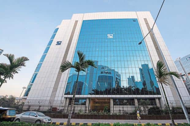 Direct plans are bought by investors if they wish to bypass the distributor. Since distributor commissions are not embedded in direct plans, their net asset values are higher. Photo: Aniruddha Chowdhury/Mint