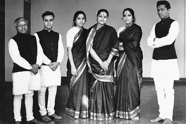 A photo session with her daughters and accompanying musicians before her historic UN concert in 1966. Photo: Courtesy Keshavamurthy