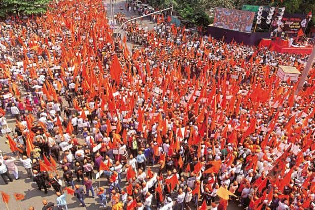 People from the Maratha community participate in a 'Maratha Kranti Morcha' in Thane, Maharashtra on 16 October. Photo: Abhijit Bhatlekar/Mint