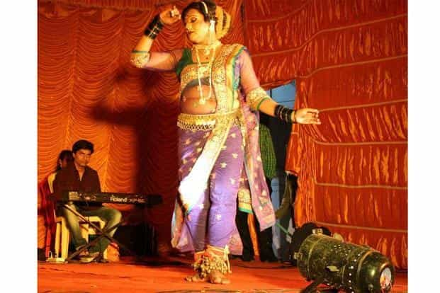 Noted lavani performer Anil Hankare