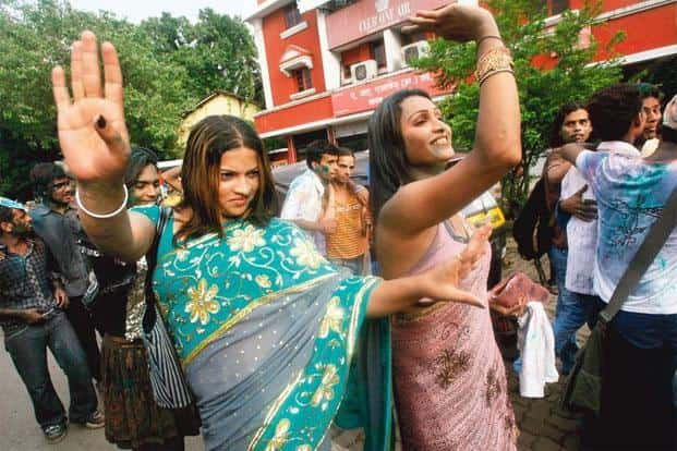 The hijras usually present badhais or songs of felicitation. Photo: Arko Datta/Reuters