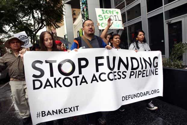 Protesters rally against Wells Fargo in solidarity with the people of Standing Rock in Hollywood, California. Photo:  AFP