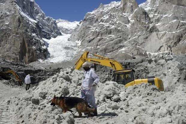 The authorities in Kashmir have issued avalanche warning in higher reaches of the valley following fresh snowfall on Tuesday. Photo: AFP