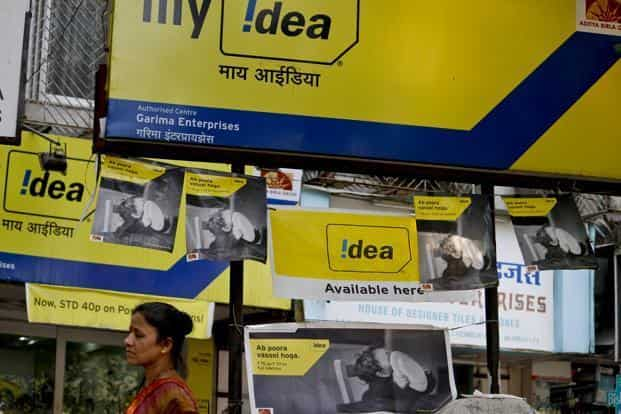 Idea says the facility of free incoming calls on domestic roaming will be extended to both prepaid and postpaid customers. Photo: Bloomberg