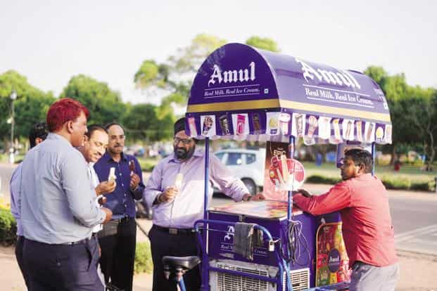 HUL has sued GCMMF over its Amul ads that supposedly emphasizes the difference between ice-creams and frozen desserts, saying it has harmed their Kwality Walls brand. Photo: Pradeep Gaur/Mint