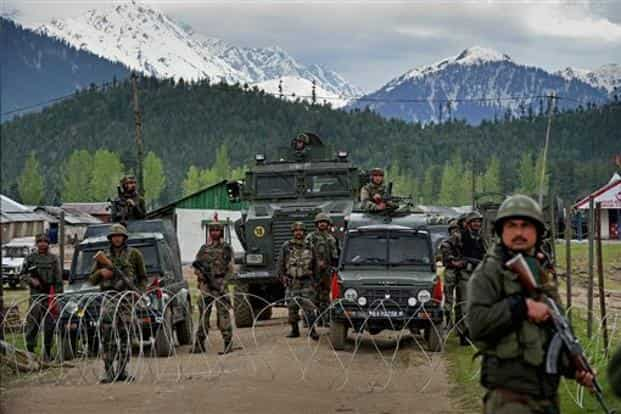 The Indian Army vowed 'appropriate' response to the 'despicable act' of Indian soldiers mutilated, even as the Pakistan army denied that it was involved in any attack. Photo: PTI