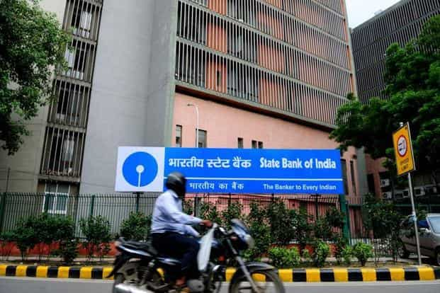 In January, SBI cut its marginal cost of funds-based lending rate (MCLR) across all tenors by 90 basis points, the steepest cut in several years. Photo: Pradeep Gaur/Mint