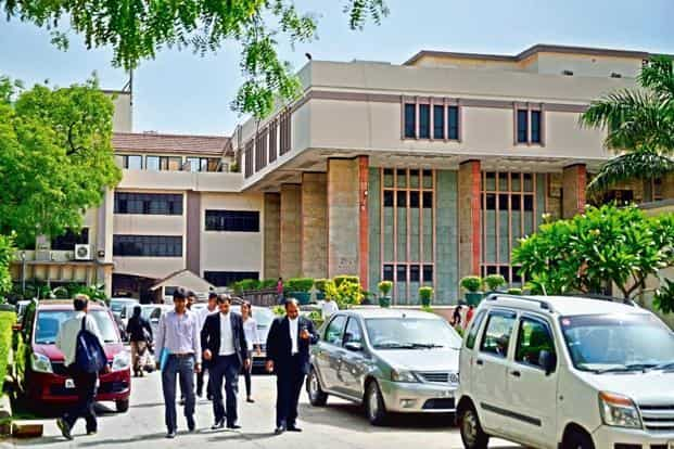 Delhi high court Justice Manmohan clarified that the restriction would not operate against third parties. Photo: Pradeep Gaur/Mint