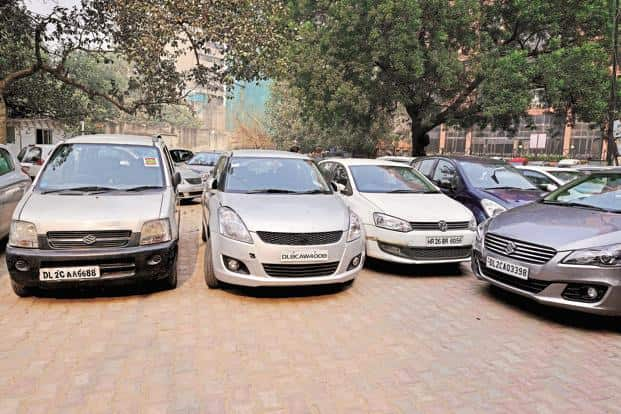 With increased urbanization and rapid explosion in car density, resolution of the car-parking problem is critical. Photo: Pradeep Gaur/Mint
