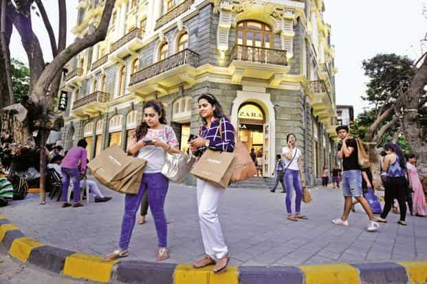 The area from Fountain to Horniman Circle and K. Dubash Marg along Shahid Bhagat Singh Road ending in Kala Ghoda—750m at the longest and 300m on the shorter side—is Mumbai's burgeoning hub of high-street and luxury labels. Abhijit Bhatlekar/Mint