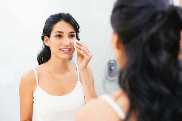 Micellar water is a better option than rinse-cleansing. Photo: Shutterstock