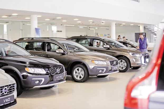 Car sales rose 11.8% to 1,98,811 units as against 1,77,829 units in August 2016, according to data released by the Society of Indian Automobile Manufacturers (Siam). Photo: Reuters