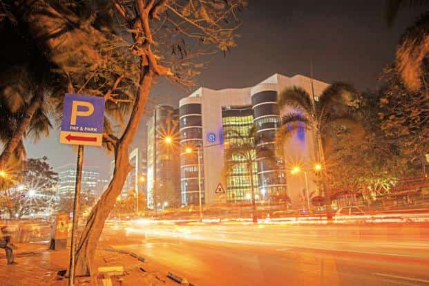 Sebi issued a discussion paper in January proposing that distributors of financial products have to decide by March whether they want to be advisors or distributors. Photo: Aniruddha Chowdhury/Mint