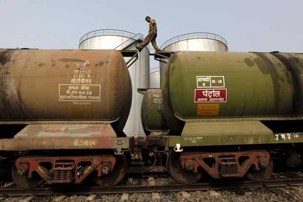 India, which imports about 80% of its oil needs, is set to surpass China as the fastest-growing oil products market in Asia with fuel demand growing by 6.1% in 2018. Photo: Reuters