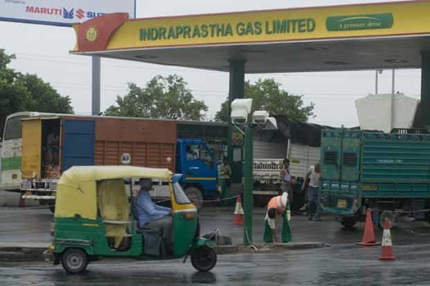 Indraprastha Gas Limited, which retails CNG to automobiles and piped cooking gas to households in NCR, said CNG price in Delhi will be Rs40.61 per kg and Rs47.05 in Noida, Greater Noida & Ghaziabad, effective Sunday midnight. Photo: Mint