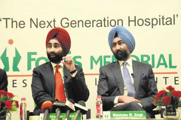 At the time of his death in 2006, Mohan Singh couldn't have imagined that in just over a decade, his grandsons—the Singh brothers, Shivinder (left) and Malvinder—would into the ground what had been one of the leading business families in India. Photo: HT