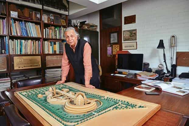 Raj Rewal in his office. Photo: Pradeep Gaur/Mint