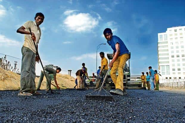 Small developers grab nearly half of NHAI's road contracts in FY18