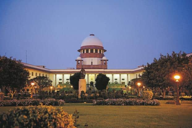 A three-judge Supreme Court bench posted hearing in the Congress-JD(S) petition at 10.30 am Friday, saying it will peruse the BJP letter to Karnataka governor Vajubhai Vala as it was necessary to decide the matter. Photo: HT