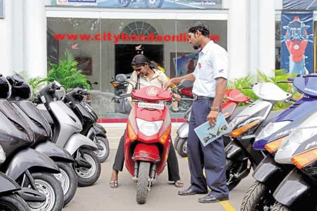 Motorcycle sales in May expanded faster than scooters for the fourth straight month. Photo: Mint